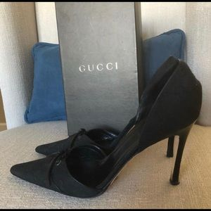 Gucci Signature GG Pumps